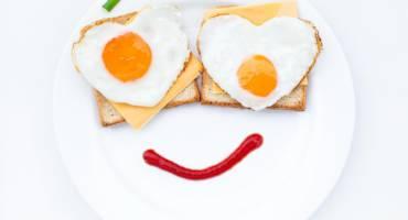 100 и 1 омлет: рецепты завтраков из яиц